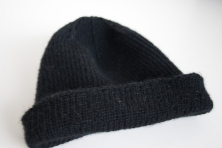 perfect reversible watch cap free knitting pattern