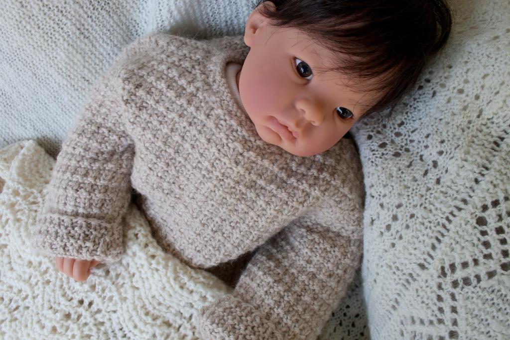 Eastport Alpaca Baby Sweater Pullover Knitting Pattern Nancy